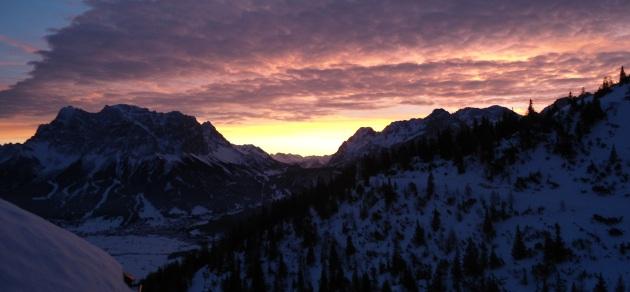 Zugspitze in der Morgendämmerung 29.12.2012